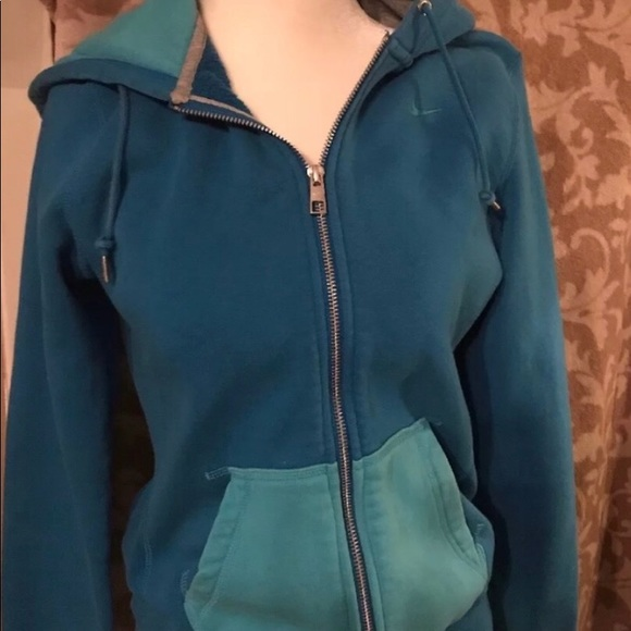 Nike Jackets & Blazers - Women's NIKE Hooded Zip Up Jacket! Sz. Small